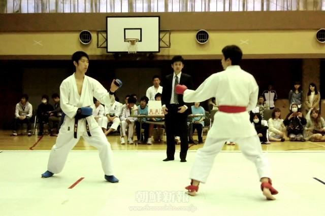 第7回在日本朝鮮人空手道選手権大会(4月)の様子