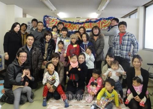 朝青と青商会が合同で主催した「石川クリスマス会2013」は例年を上回る参加者たちで盛り上がった。