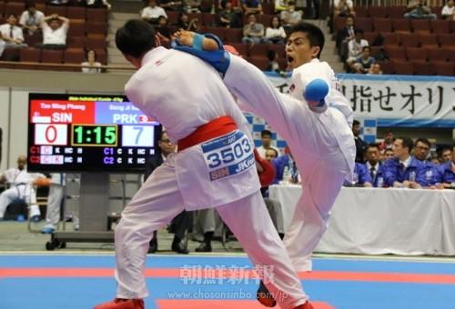 国際試合初の一本勝ちを決め、7位入賞を果たした康成志選手