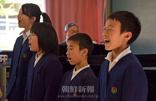 2月27日に同校で行われた学習発表会