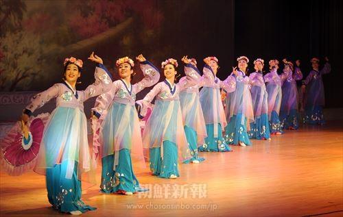群舞「柳京の春」