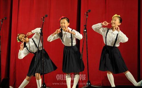 光明星節慶祝2016学年度在日朝鮮学生中央口演大会/東日本大会、316人 ...