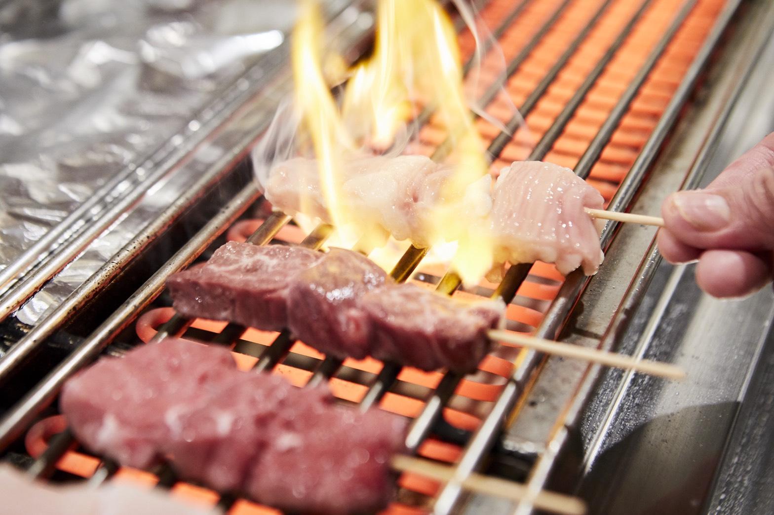 〈同胞飲食店応援キャンペーン・大阪〉串焼肉・串焼きホルモン てが利