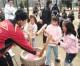 大阪・生野東青商会主催もちつき大会、仲むつまじい同胞社会を
