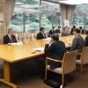 愛知県知事と面談、学校関係者ら、補助金増額、学校訪問を要請