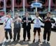 兵庫県青商会代表が東北初中を訪問、義援金届ける