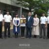 第12回朝大同窓会奨励賞受賞した福島初中教員たち