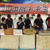 小倉青商会、アボジ、オモニ会、幼稚園支援のため出店、好評