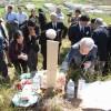 遺骨問題、日本人遺族らが墓参