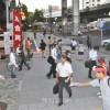 労組「港合同」が大阪で街頭宣伝、「子どもたちの笑顔奪わないで」