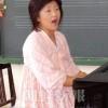 〈教室で〉横浜初級 音楽・崔玉姫先生