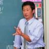 〈教室で〉東京中高高級部 現代史・朴龍浩先生