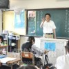 〈教室で〉神奈川中高 日本語担当・金泰輔教員