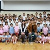 岡山県青商会、岡山初中で課外授業と給食