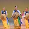 金剛山歌劇団長野公演連続60周年記念、北信地区/600人が訪れる