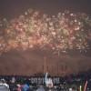 夜空を彩る無数の花火/新年を迎えた平壌