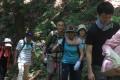 朝鮮学校支援への熱い思いを交わす/「企画第3弾 新緑の御岳山・日の出山を歩こう」