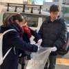 感謝の気持ち込め/神戸朝高生らが通学路の清掃活動