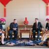 金正恩委員長、習主席と会談/習主席の招請で訪中