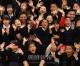 〈世界フィギュア選手権2019〉朝鮮選手団が埼玉初中を訪問/児童・生徒らが熱烈に歓迎