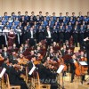 〈교향곡 9번 평양공연〉井上道義씨가 지휘하는 국립교향악단 음악회 진행