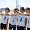 〈전국중학생 비치바레대회〉첫 출전한 기따오사까초중이 동메달 획득