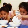 《부모없는 아이》들도 나라의 혜택속에/후대사랑이 넘치는 애육원, 육아원