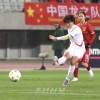 【사진특집】〈올림픽녀자축구 아시아최종예선〉조선 대 중국