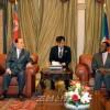 김영남위원장 적도기네 대통령취임식에 참가/두 나라 친선협조관계발전을 주제로 회담도