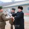 김정은원수님, 조선인민군 제233군부대직속 구분대를 시찰