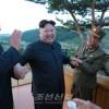김정은원수님, 새로 개발한 지상대지상중장거리전략탄도로케트 시험발사를 현지지도