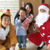 희망과 꿈을 안고 동분서주/《조청산타》가 도호꾸지역어린이들에게 선물
