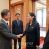 민족사의 대전환을 예고하는 대통령 방북초청