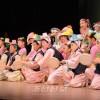 70년의 찬란한 력사를 과시/나까오사까초급창립 70돐기념공연 《나까오사까 100년 향해!》