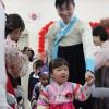 학교창립 60돐을 빛나게 맞이할 결의/와까야먀초중 입원식 및 입학식, 꽃놀이도 함께 진행