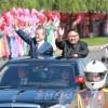 력사적인 북남수뇌상봉을 위하여 평양을 방문하는 문재인대통령과 일행 도착/김정은원수님께서 문재인대통령을 평양국제비행장에서 맞이하시였다