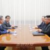 〈북남수뇌회담〉김정은원수님께서 문재인대통령의 숙소를 방문하시고 제2일회담을 하시였다
