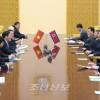 조선외무상과 윁남정부 부수상 겸 외무상 회담 진행