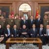 〈최고인민회의 제14기 제1차회의〉김정은원수님께서 새로 선거된 당 및 국가지도기관 성원들과 기념사진을 찍으시였다