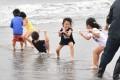 【사진특집】《꽃봉오리의 웃음을 위하여》 地引網모임