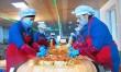 과학기술과 생산의 일체화로 맛을 개선/평양시 평천김치공장의 《푸른들》제품