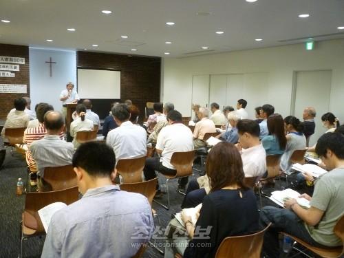 상영회와 강연회에는 동포들과 일본시민들 40여명이 참가하였다.