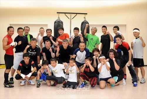 《拳青会》 회원들