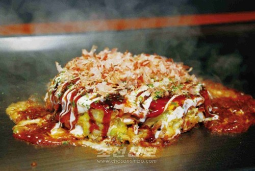 《동포명점그르메거리》에서는 다양한 음식을 내놓게 된다.
