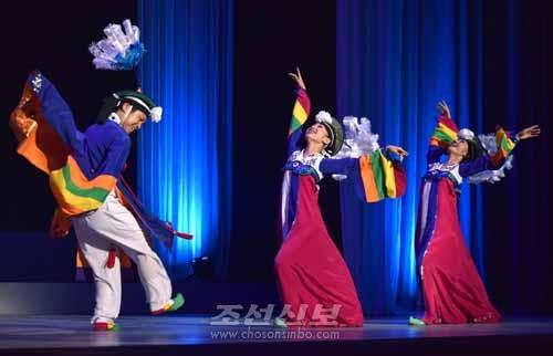 3인무 춤군들 (1)