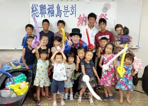 풍선아트를 즐긴 어린이들