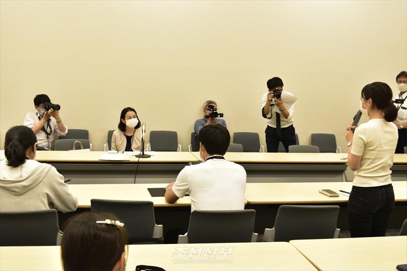 〈학생지원긴급급부금문제〉 조대생제외에 대한 대규모항의성명/일본대학 학장 등 709명이 찬동
